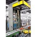 AT53 - plně automatický stroj na navlékání a smrštění